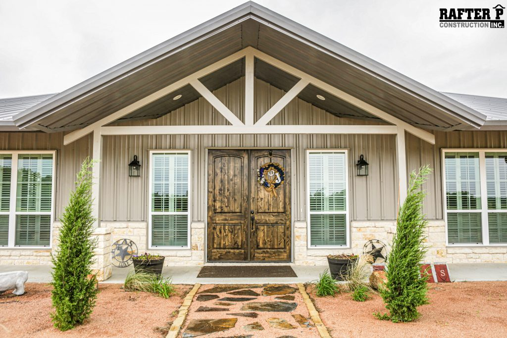 BARNDOMINIUM EXTERIOR  |  BARNDOMINIUM EXTERIOR, gabled extension